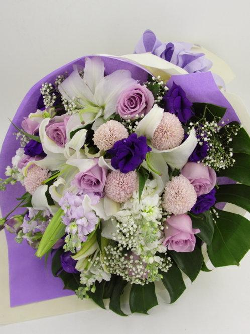 白白合+玫瑰+乒乓菊-花束-11