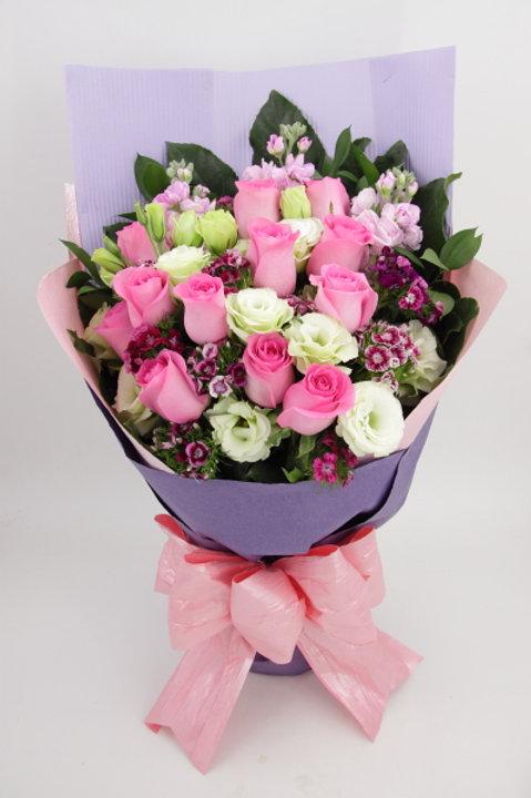12-12支玫瑰花束