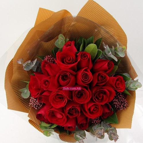 R07-玫瑰18支+尤加利
