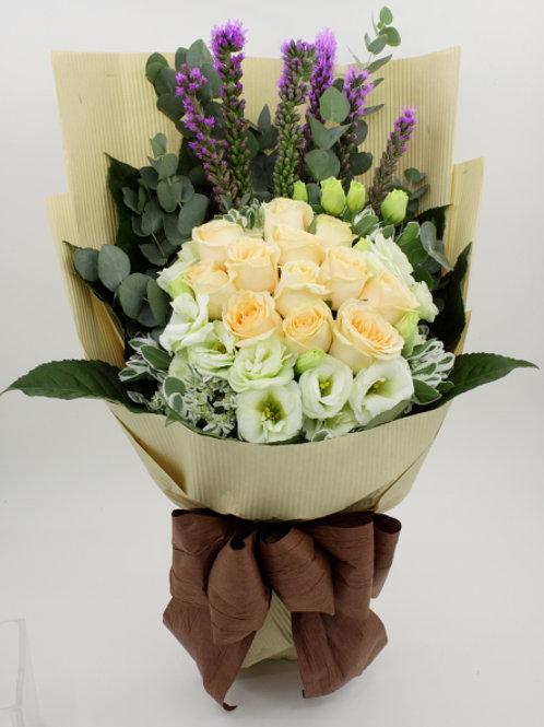 R39-11枝玫瑰配襯花