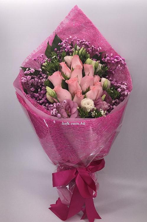 R87-粉玫瑰配襯花