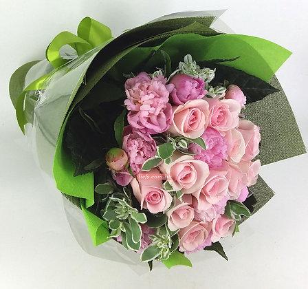 RP08-玫瑰12支+牡丹+襯花
