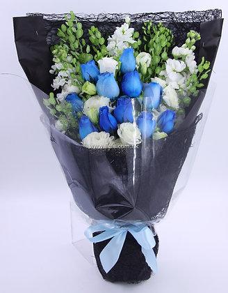 小牡丹+藍玫瑰-花束-340