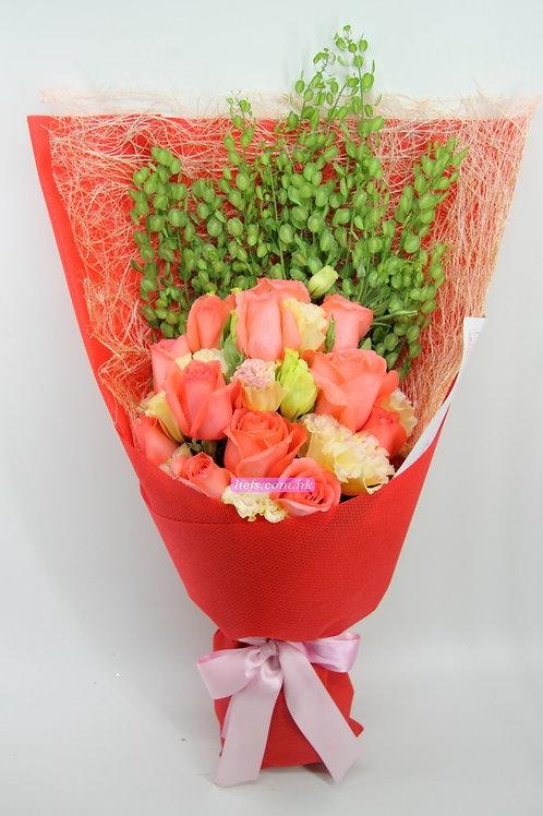 GR06-12支玫瑰+襯花