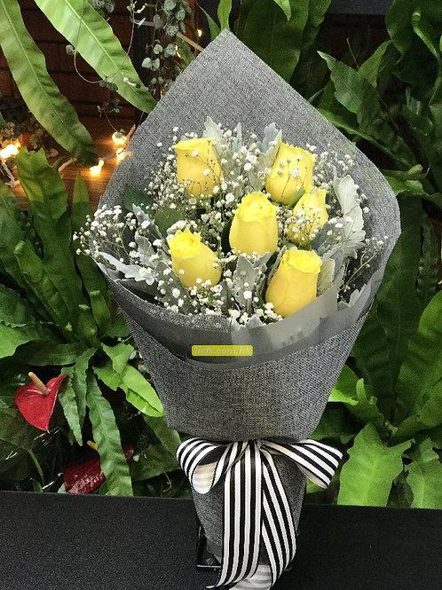 GR02-6支玫瑰+星花