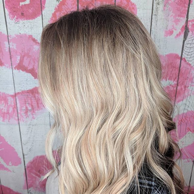 Beautiful Balayage by Emma 💛 (408) 395-8120__Repost from _hairbyemdub using _RepostRegramApp - the