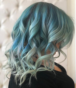 Beautiful style by Tiffany! _Repost from