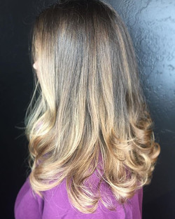 Some warm caramel tones for this gorgeous hair 💕__#hair #hairstyle #instahair #socialenvy #hairstyl