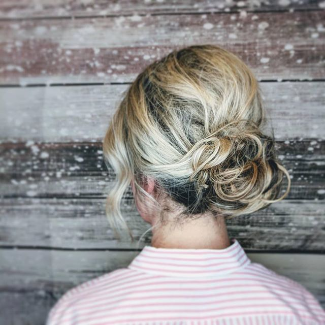 A holiday #updo by our talented Emma ❄️❄️❄️ Repost from _hairbyemdub Ready for the holiday ball