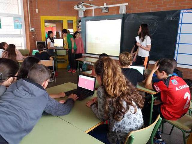 Workshops in Primary school 4.jpg