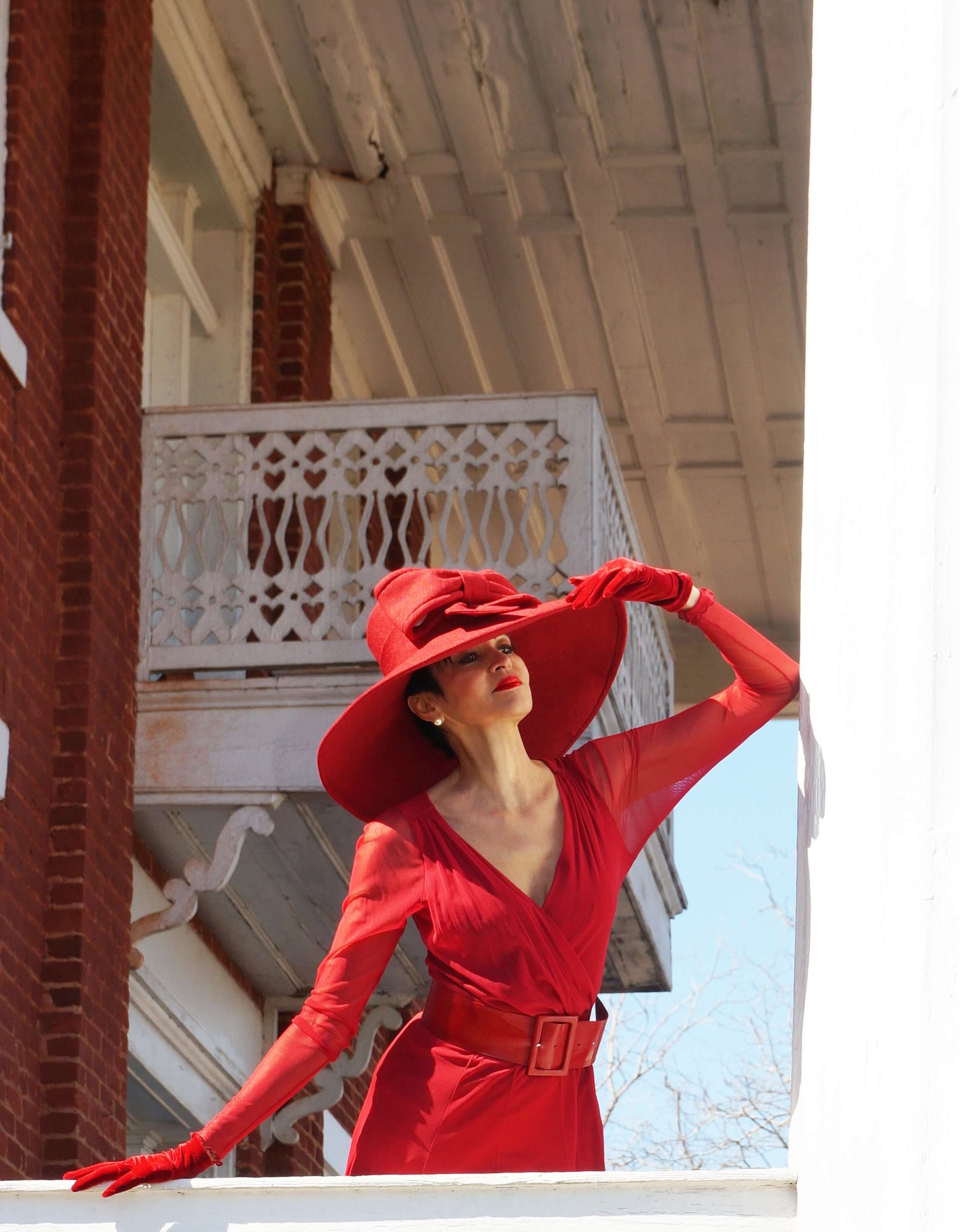 La Rouge goes Antebellum