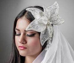 Bridal Lilly Close