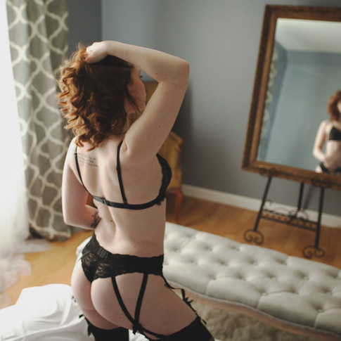 boudoir_photographer_western_massachusetts.jpg