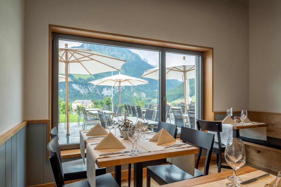 Blick auf die Terrasse vom Restaurant Träumli in Seelisberg