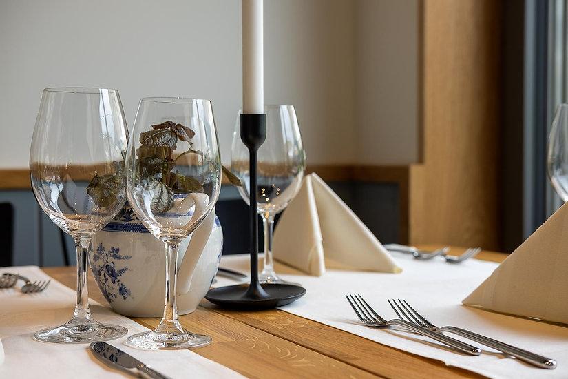 Gedeckter Tisch für einen Anlass im Restaurant Träumli in Seelisberg