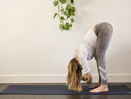 8 SIMPLE POSES TO EASE LOWER BACK PAIN