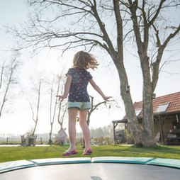 Top 4 benefits of trampoline jumping for your fitness