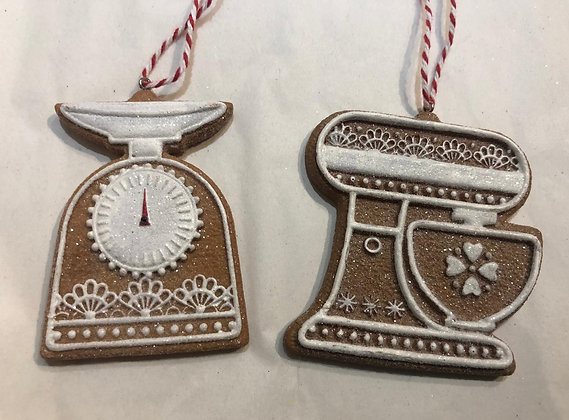 Gingerbread Scales