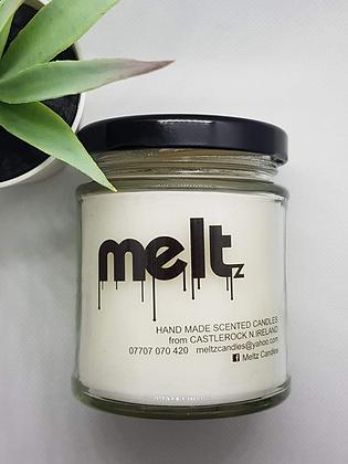 Meltz Candle