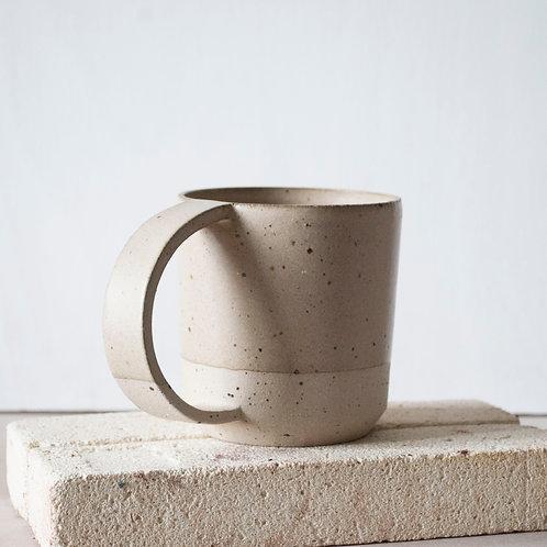 Pint Cup / Taupe Dip