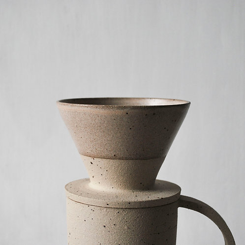 Filter Coffee Dripper / Taupe Dip