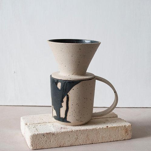 Filter Coffee Dripper / Charcoal + Raw
