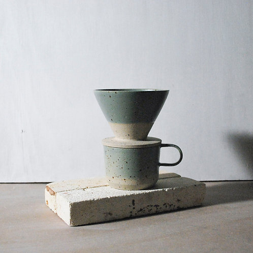 Filter Coffee Dripper / Sage Green Dip