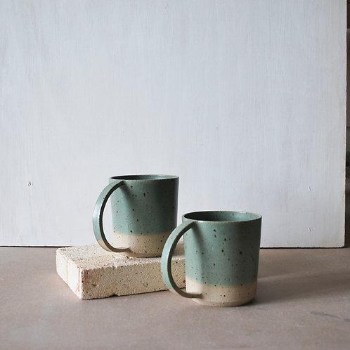 Dee Cup / Sage Green Dip