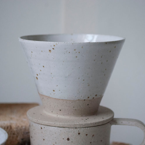 Filter Coffee Dripper / Satin White Dip