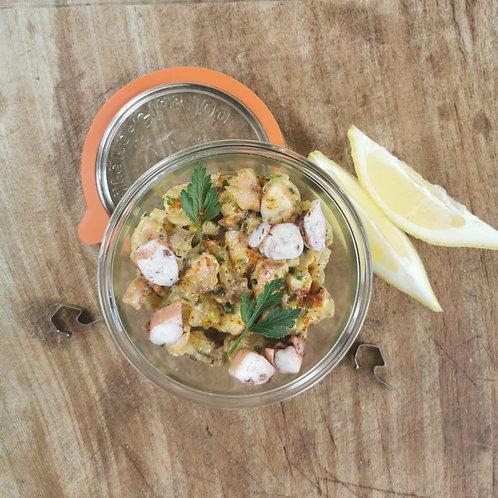 Le poulpe en salade, marmelade de pomme de terre et aïoli safrané