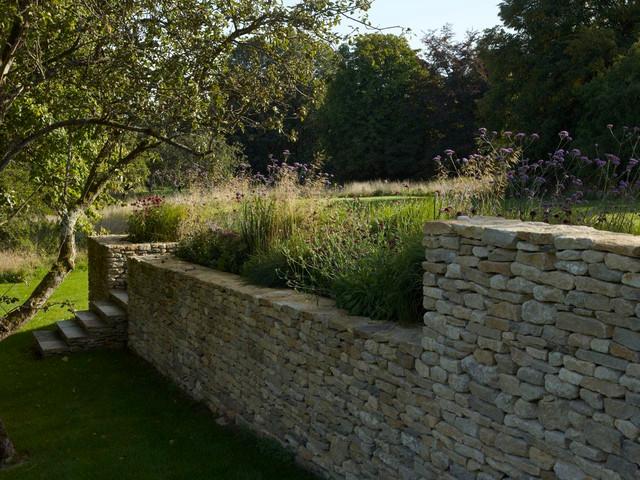 Cotswold Terrace Garden