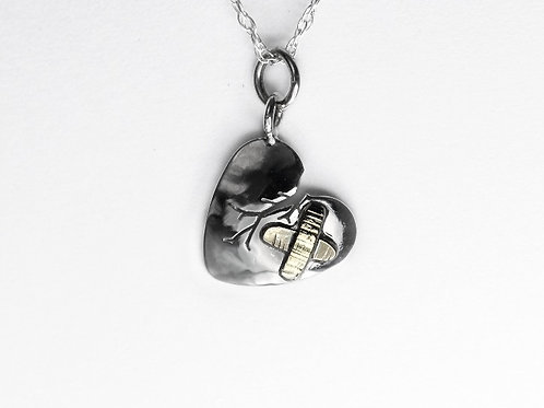 Healing Heart 9ct Gold