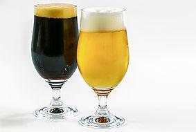 two-types-of-beer-1978012_1920.jpg