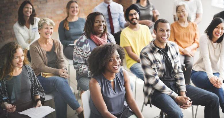 27 tips om krachtig én met zelfvertrouwen te spreken in het openbaar
