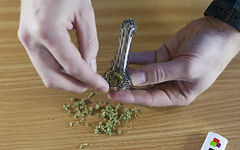 how-to-pack-a-bowl-3-480x300.jpg