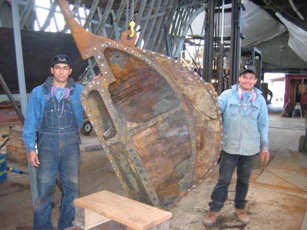 Magedoma Hullthumb_013 Carlos & Carlos_1024