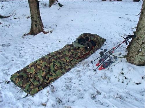 camping during winterhike