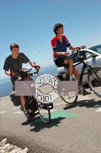 bart and bram climbing the mont ventoux