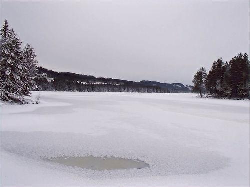 frozen lake in oslo