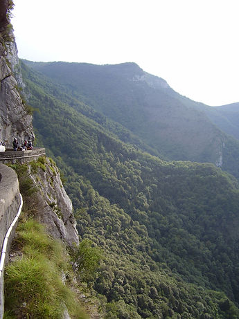 cycling along rockfaces