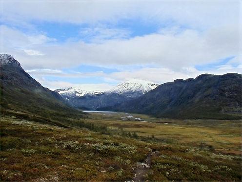 valley in jotunheimen