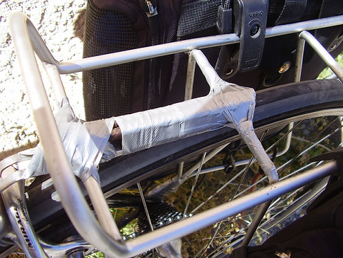 fixing luggage carrier
