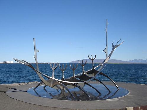 reykjavik boat statue