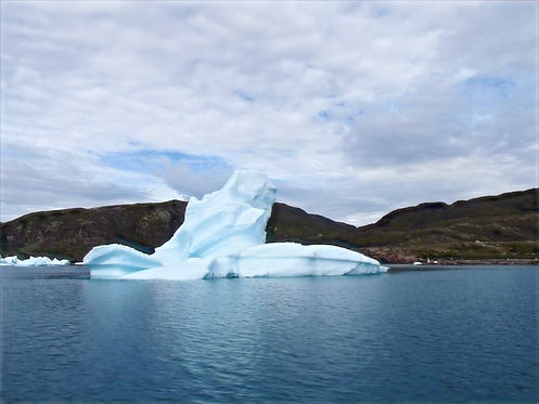 iceberg in eriksfjord