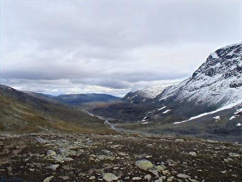 valleys in jotunheimen