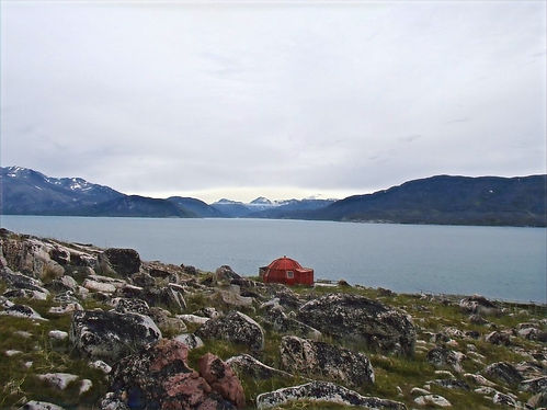 shelter in south greenland