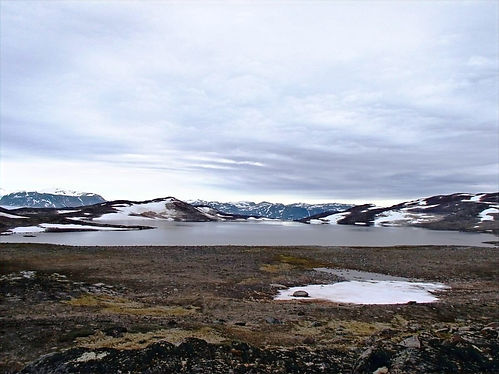 solo hiking in the artic