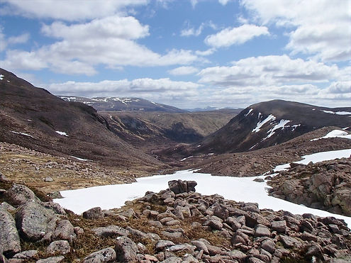 hiking in northern scotland
