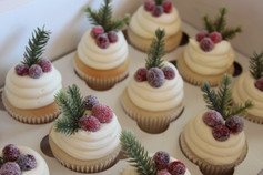Christmas Cranberry Topped Cupcakes