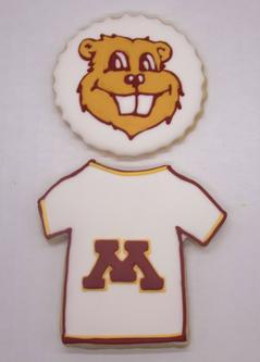 U of MN Goldy Grad Sugar Cookies.png